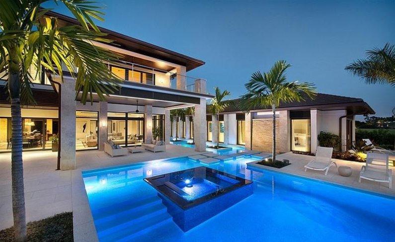 Современный дом с бассейном во Флориде фото