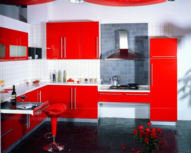 Кухня в красном цвете