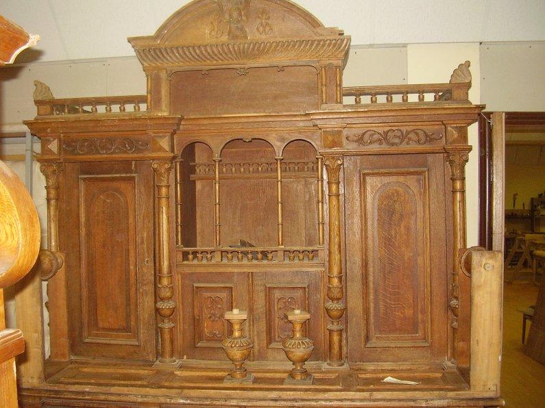 Реставрировать старый шкаф своими руками