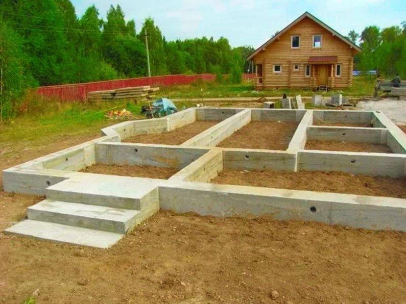 Строим фундамент под дом своими руками