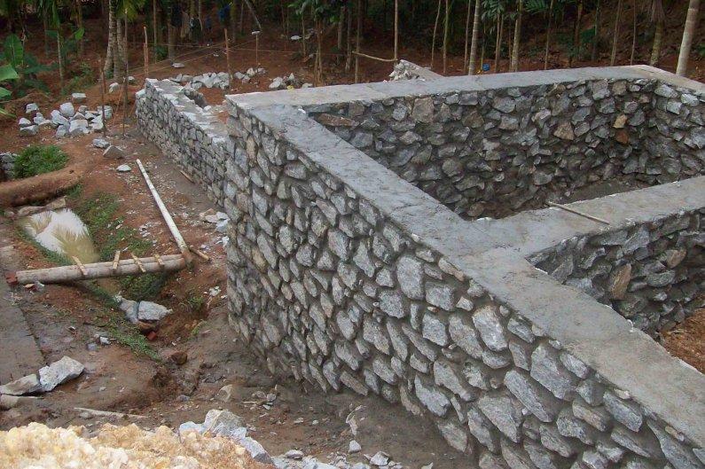 Строительство дома из камня своими руками